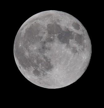 2014_moon_2